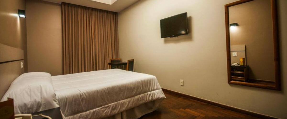 Quarto duplo - Hotel Serrano - Hotel Juiz de Fora