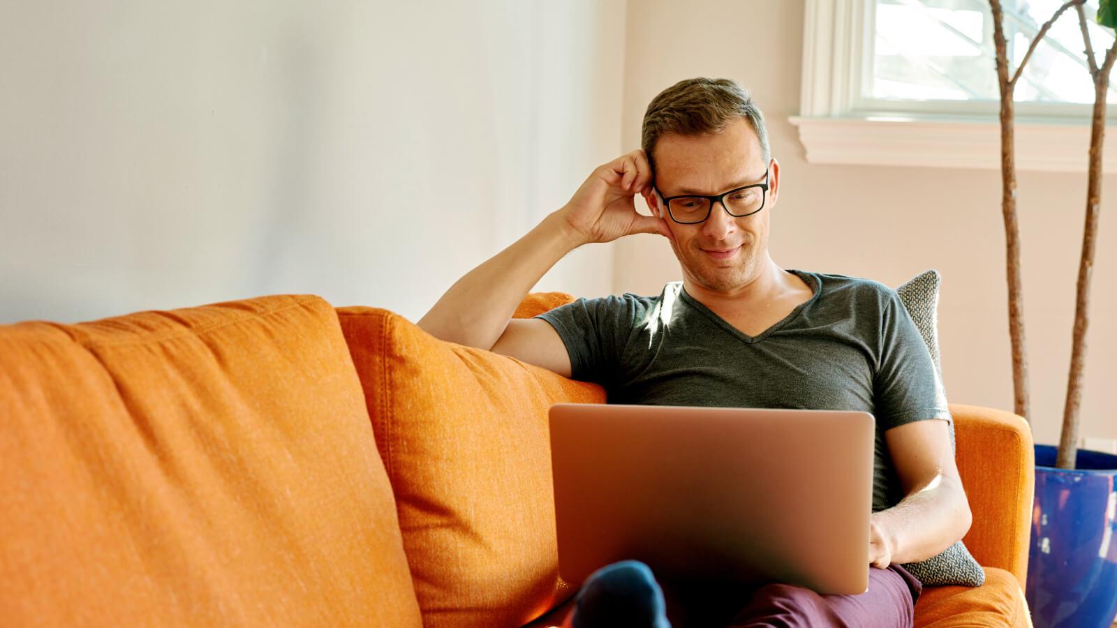 Como-começar-a-hospedar-sua-experiência-online-com-o-zoom-blog